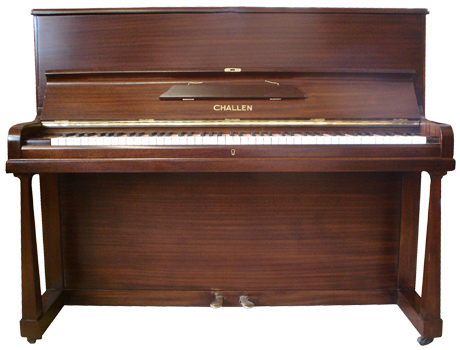 Challen upright piano - image 1