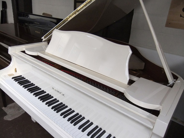 Samick Grand Piano in Ivory