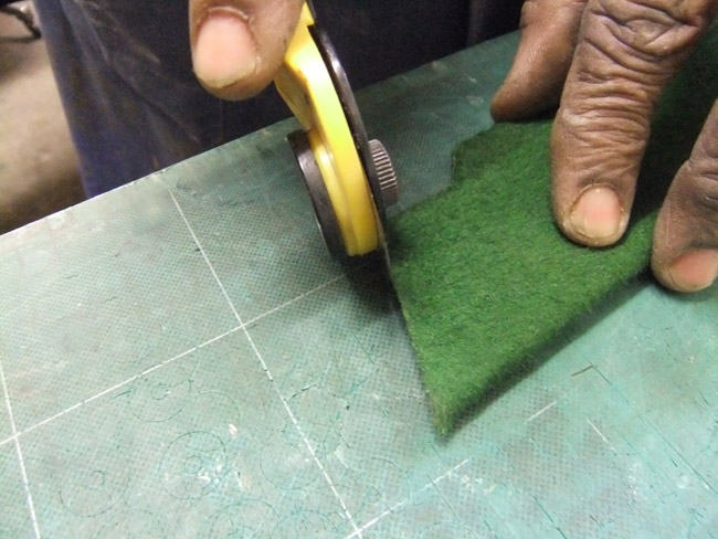 Cutting felt to fit piano frame