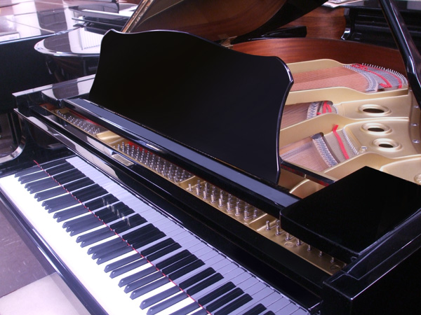 Yamaha grand piano - close up
