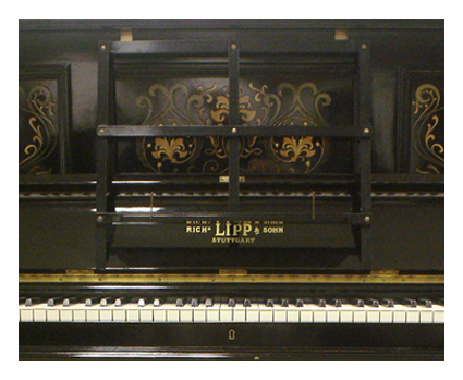 Lipp upright piano - image 3